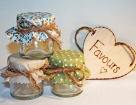 Cheap and Easy Ideas for Wedding Favours