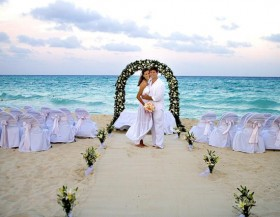 Picking The Right Place For Your Wedding And How You'll Get There