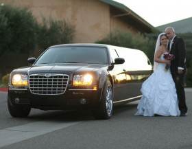 Top 5 tips when choosing a wedding limousine
