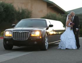 Top 5 tips when choosing a wedding limousine