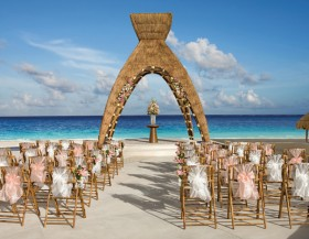 3 Dream Destinations for a Wedding Abroad