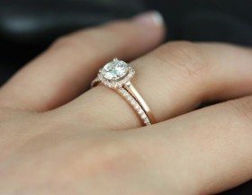 10 Guidelines when purchasing engagement ring for your lady