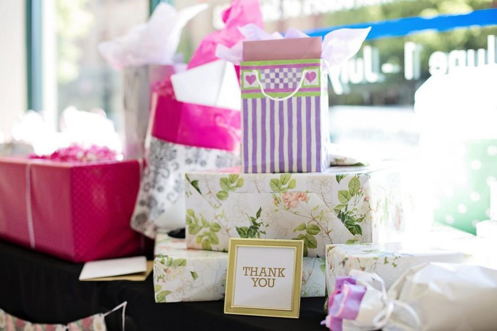 Best Wedding Gift Suggestions That Every Couple Will